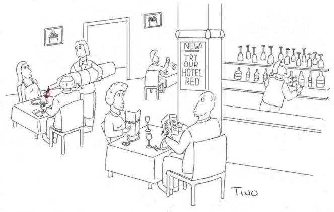 Accenti-32-Waiter-pours-wine-2-e1586886838941.jpeg