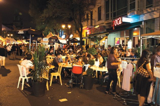 Montreal-Little-Italy.jpg