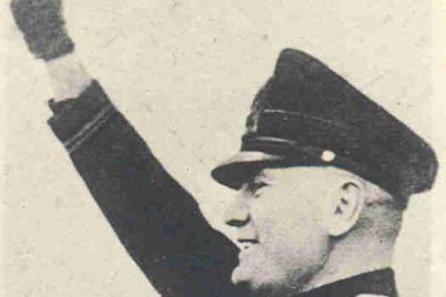 Mussolini-in-BW.jpg