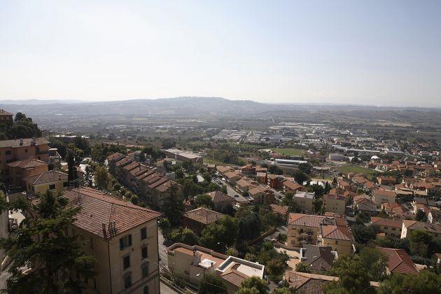 View-from-CastelfidardoMG_2201.jpg